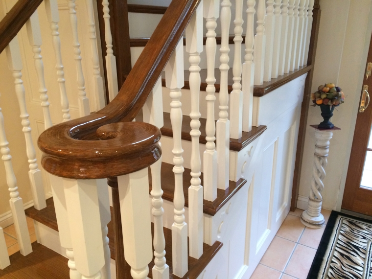 Wood Grained Handrail